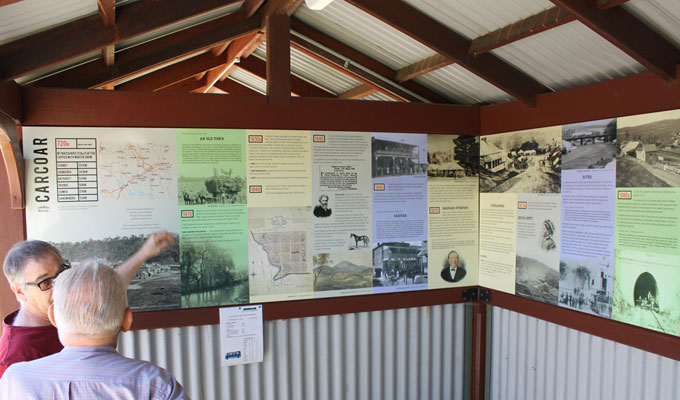 Interpretative historical panels for Carcoar village bus shelter